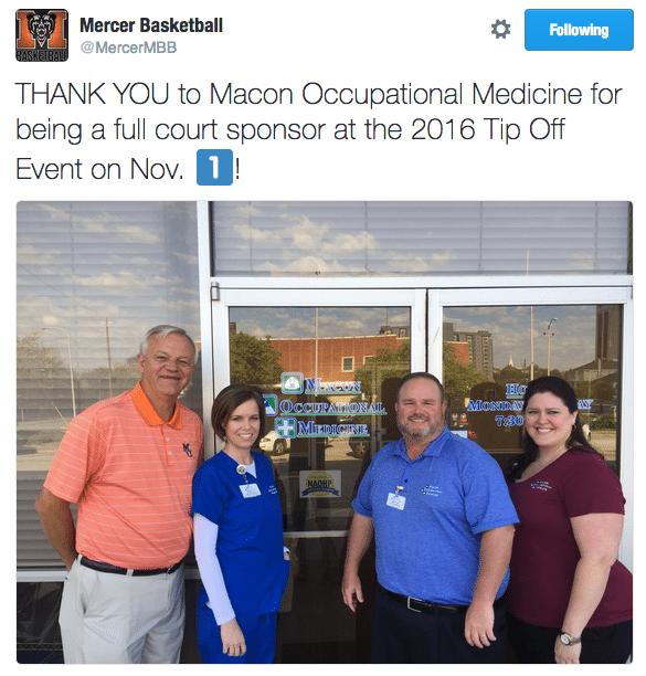 mom-full-court-sponsor-at-mercer-2016